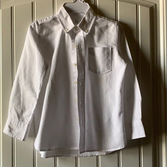 GAP Other - NWT Boys GAP button down oxford shirt